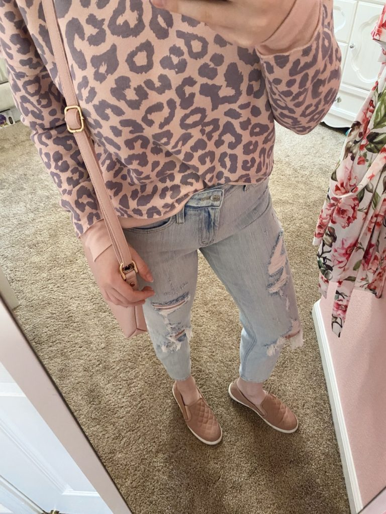 affordable must haves from target ~ girly and pink fashion style blog ~ trendy, target, cheap, affordable, puff sleeve, mom jean, straight leg, button front, nuetral, girly, feminine