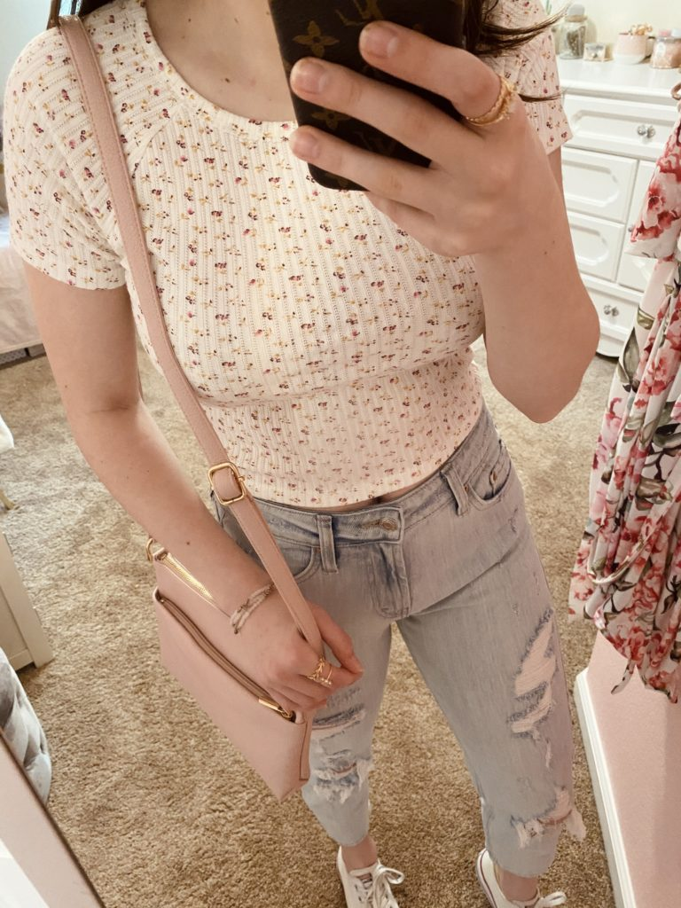 4 simple outfits for spring with a floral tee ~ girly and pink fashion style blog