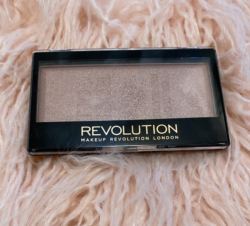 the best affordable beauty products ~ girly and pink fashion blog ~ sequins and satin ~ cheap higlighter rose gold sparkle glow highlight