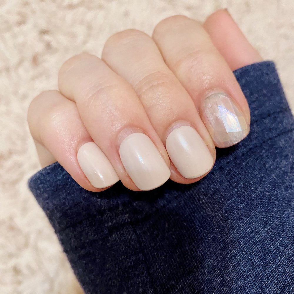 press on nails review ~ pink and girly fashion style blog