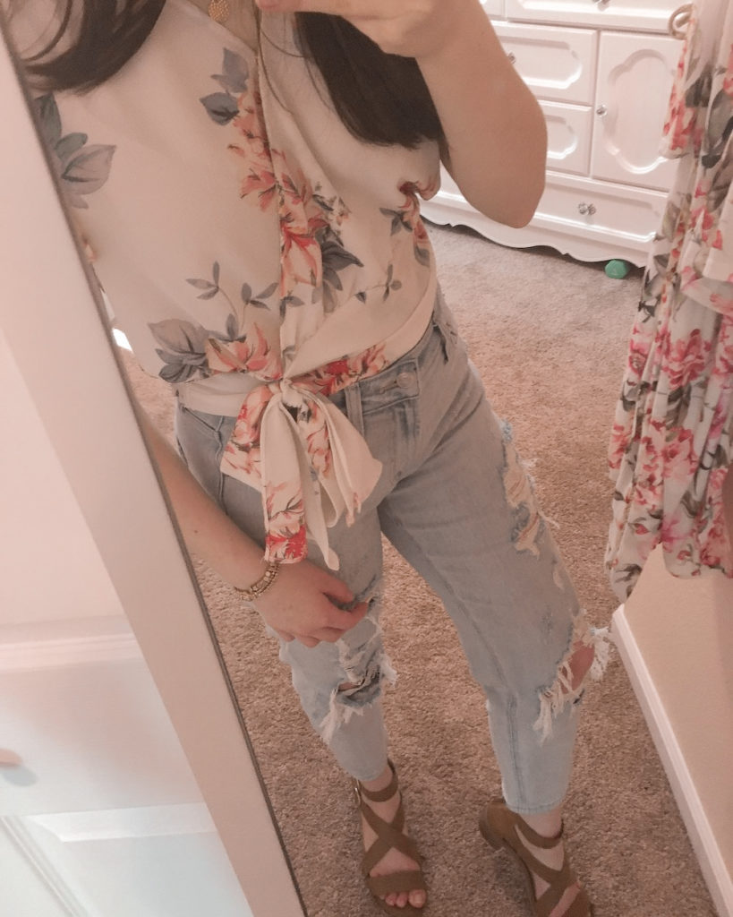 ripped mom jeans outfit ideas #3 |