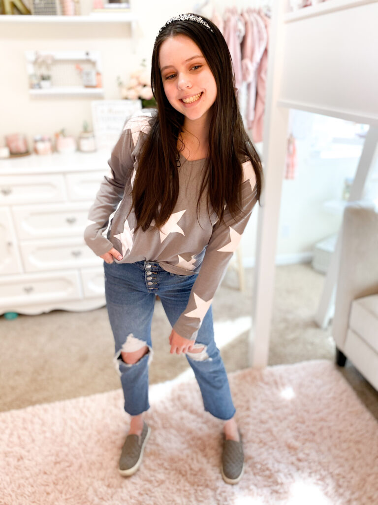 winter amazon fashion haul, star sweater, gray sweater, amazon sweater
