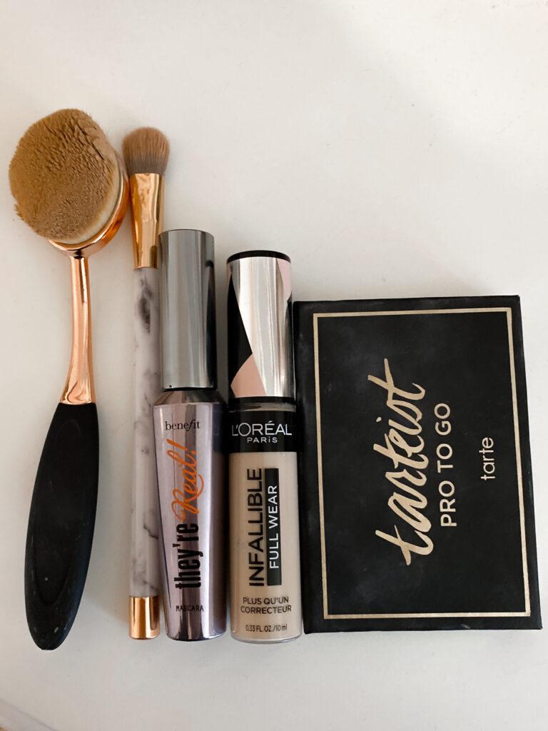 Everyday natural makeup